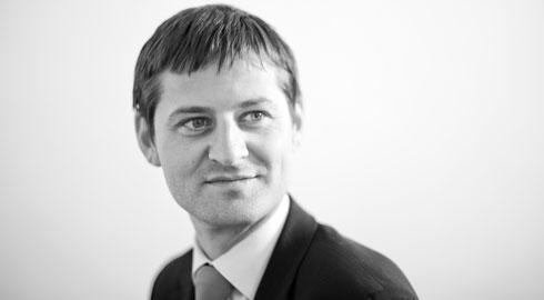 Edward Jones in 2006: Confronting Success Case Solution
